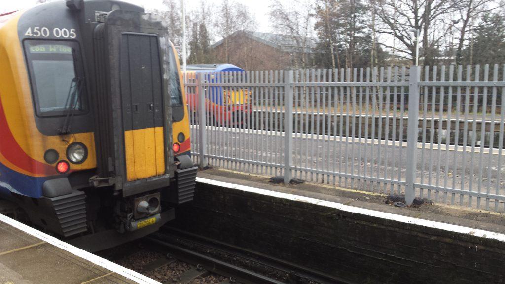 Ascot Station - Non conductive GRP Composite Fence